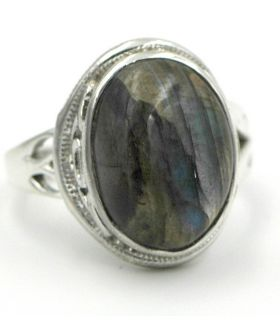 Adjustable ring with labradorite stone