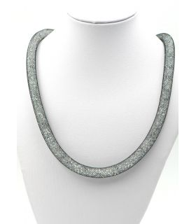 Mesh tube choker with glass crystal stone