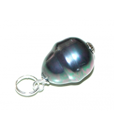 Pearl and Silver Pendant