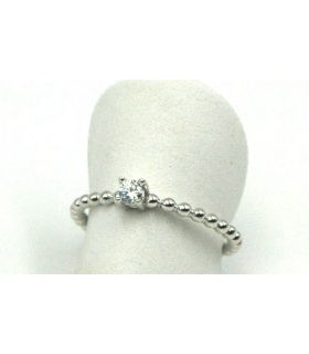 Solitaire Ring with Cubic Zirconia in White Gold